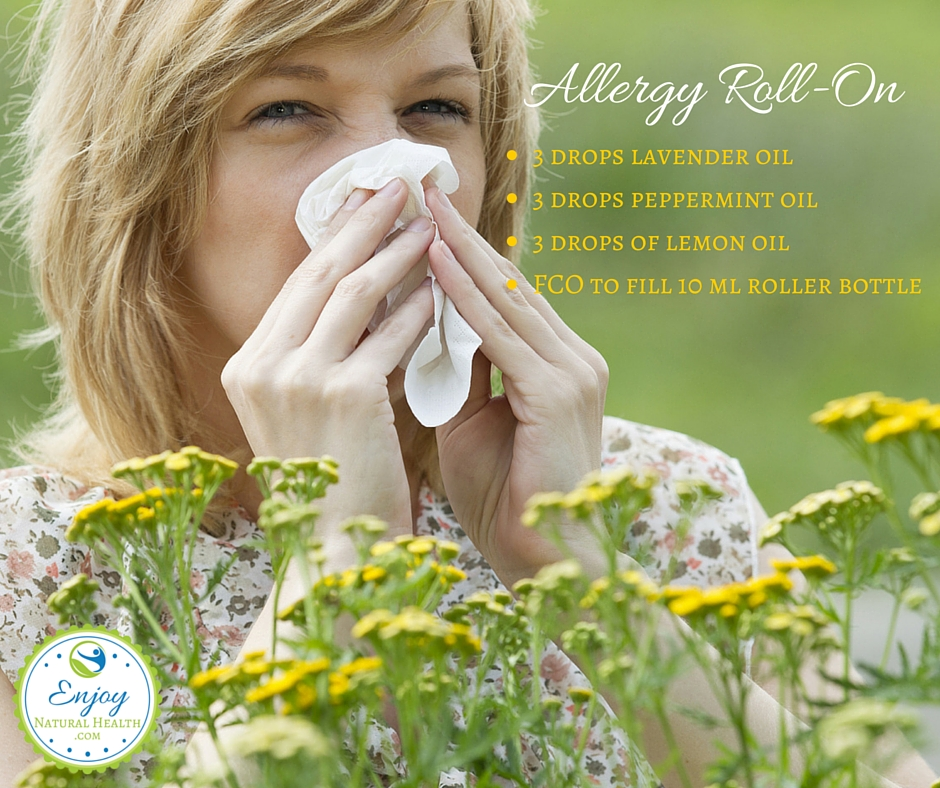Keep this allergy roll-on made wiht peppermint, lavender and lemon essential oils in youre purse for quick allergy relief at all times!