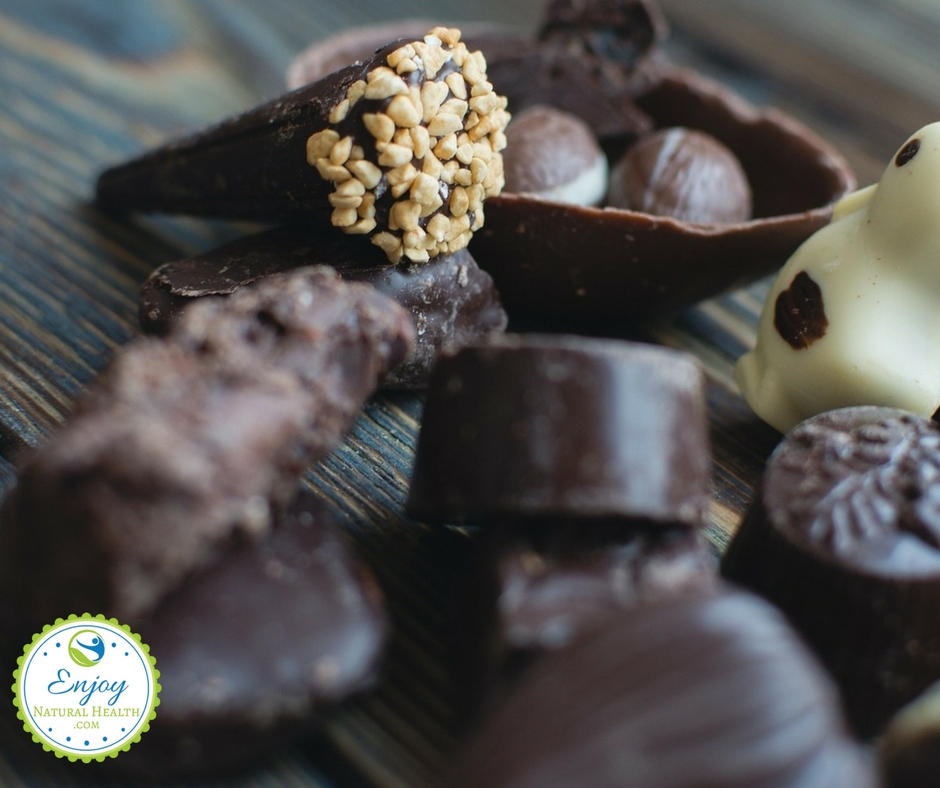 There are some health benefits in dark chocolate you need to know about! Great reasons for you to continue enjoying this tasty treat.