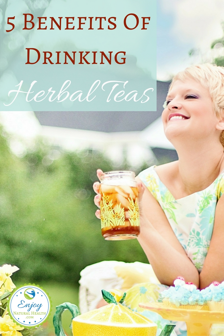 Herbal teas are not only delicious, but they also pack some AMAZING health rewards!