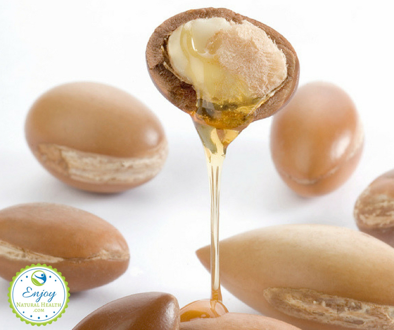 7 Amazing Moroccan Argan Oil Uses For Beauty