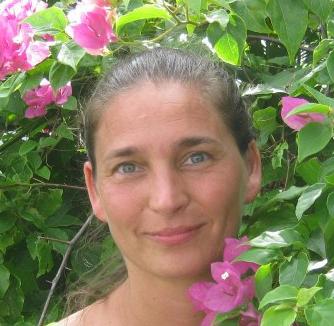 Meet Natural Adriana